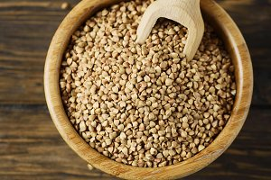Raw buckwheat grain