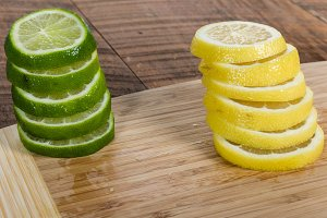 Lime and lemon slices