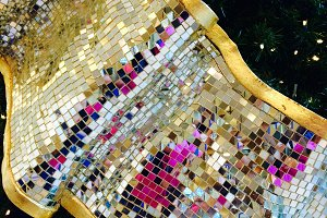 Tree Sash Sparkle, Images Abroad