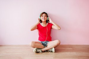 Music and Happiness
