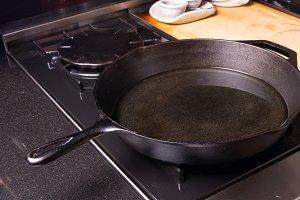 Black cast iron skillet