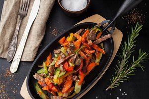 Steamed vegetables with beef