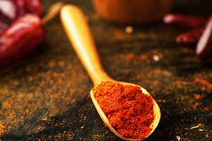 Dry paprika seasoning