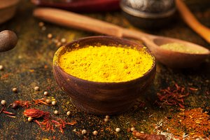 Turmeric powder and spices