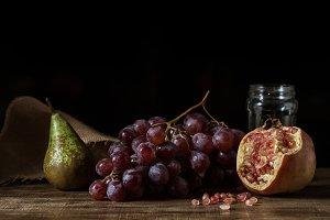 Pictorial fruits still life