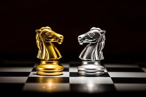 chess pieces , business strategy con