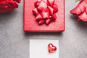 Red gift box with roses