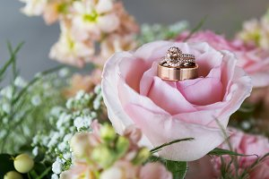 Wedding Rings in Pink Rose