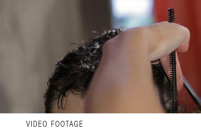 Man's haircut. Timelapse. - Beauty & Fashion