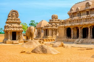 ancient monolithic Indian sculptures