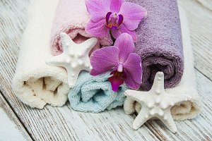 Spa towels and starfish