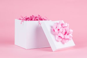 gift with pink bow