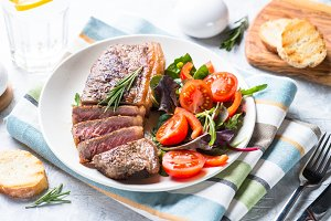 Beef steak and salad
