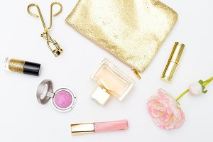 Beauty and accessories pink&gold