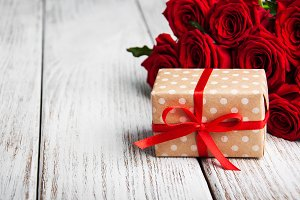 Gift box with red roses
