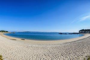 Cabio beach, A Pobra do Caramiñal