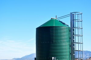 metal silo for cereals