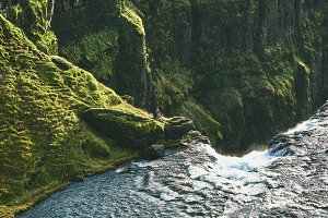 travel and Hiking to Iceland's highest waterfall