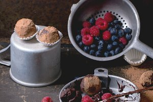 Chocolate truffles with berries