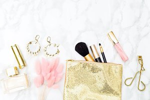 Makeup and accessories gold&blush