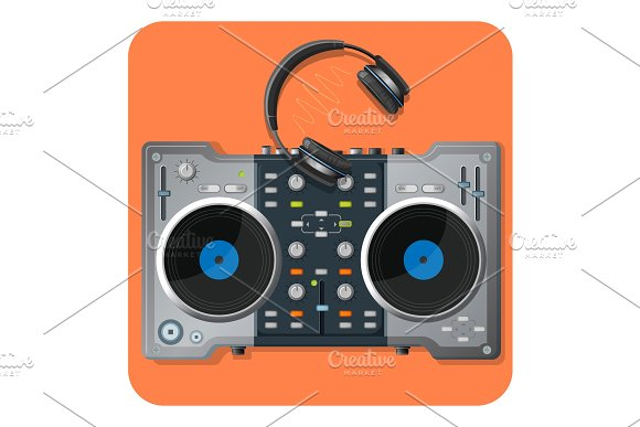 Multifunctional DJ turntable and powerful modern wireless headphones