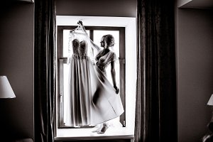 Black and white picture of bride