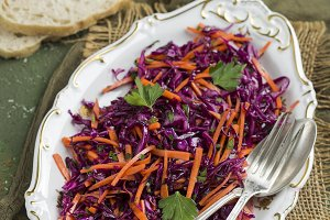 Red cabbage coleslaw salad with carrots