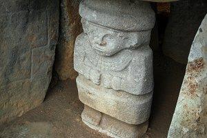 Ancient Pre-Columbian Statue