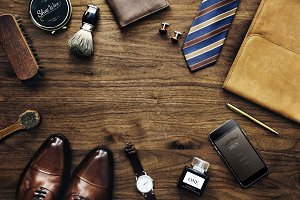 Men's collection of things used dail