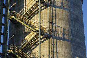 Industrial silo storage tank