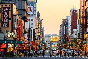 Tokyo 2020: Sundown in Asakusa