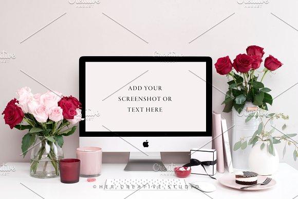 Red & Pink Desktop Mockup, Valentine
