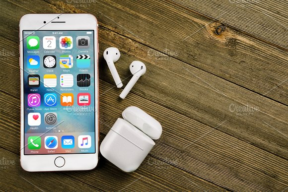 IPhone 7 Plus AirPods Mockup