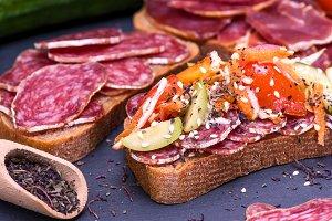 sandwich with smoked sausage salami