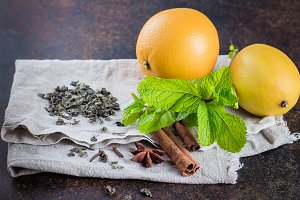 Ingredients for green citrus tea