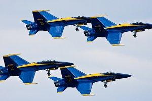 Blue Angels Flying 1
