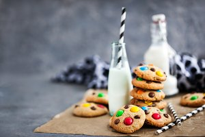 Chocolate chips cookies with candies