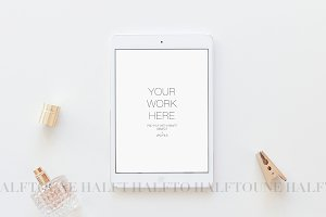Mockup Ipad Styled Photography