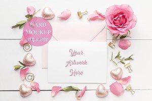 Card Mockup- Pink Roses Layflat