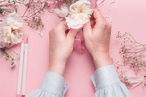 Pastel pink florist desktop