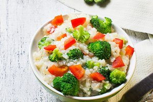 Rice with broccoli and sweet pepper