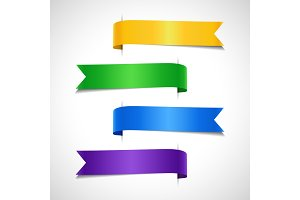 Set of colored decorative arrow labels
