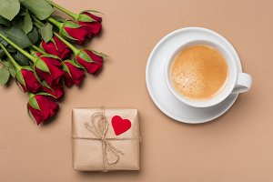 Red roses, gift, coffee