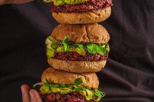 Vegan beet burgers with guacamole