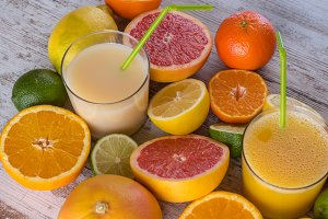 Citrus juices ready to serve