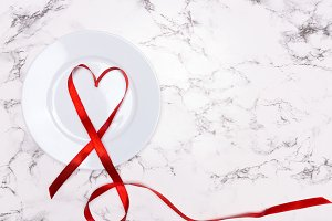 Valentines Day with plate and heart