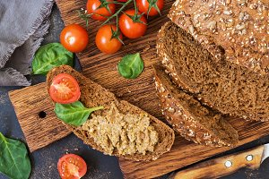 Rye bread with liver pate