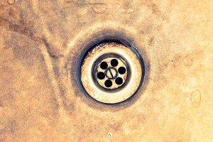 Rusty sink