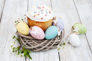 Easter bread and eggs