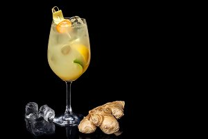 alcoholic cocktails with ginger